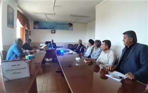 نشست ماهیانه مجمع خیرین مدرسه ساز شهرستان سمیرم برگزار شد