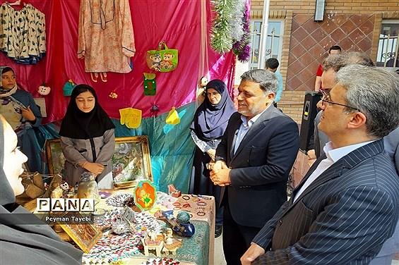 آیین افتتاحیه جشنواره نوجوان خوارزمی (مرحله استانی) و بازارچه کارآفرینی -1
