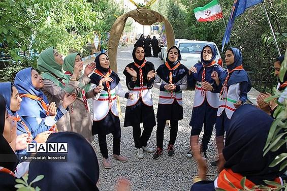 افتتاحیه اردوی استانی دانشآموزان  پیشتاز دختر استان یزد