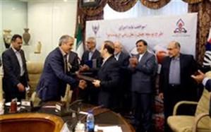 انعقاد موافقتنامه ریلی بین سازمان منطقه آزاد انزلی و شرکت ساخت و توسعه زیربناهای حمل و نقل