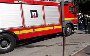 یک ساختمان اداری در خیابان جمهوری دچار حریق شد
