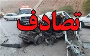 3 کشته و مصدوم در حادثه برخورد مینیبوس با کامیون کشنده