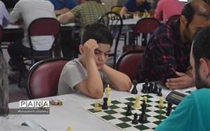 تیم استان فارس صدرنشین جدول 26 تیمی مسابقات شطرنج پسران