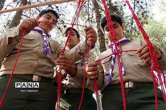 تلاش و تمرین پیشتازان پسر شهرستانهای استان تهران برای حضور موفق در اردوی ملی