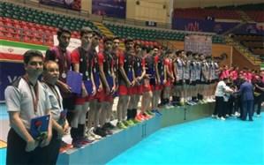نایب قهرمانی دانشآموزان هنرستان چمران یزد در مسابقات کشوری والیبال