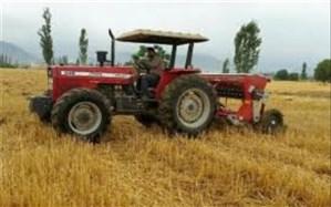 تراکتورها و ماشینهای کشاورزی خودگردان در شهر کرج شماره گذاری می شود