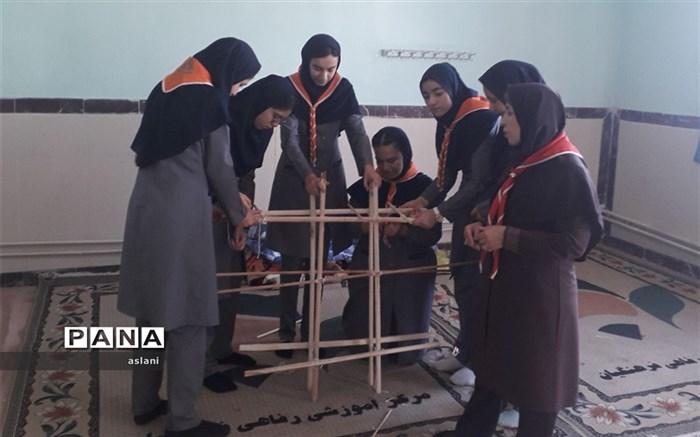دانش آموزان دختر و پسر پیشتاز استان اردبیل