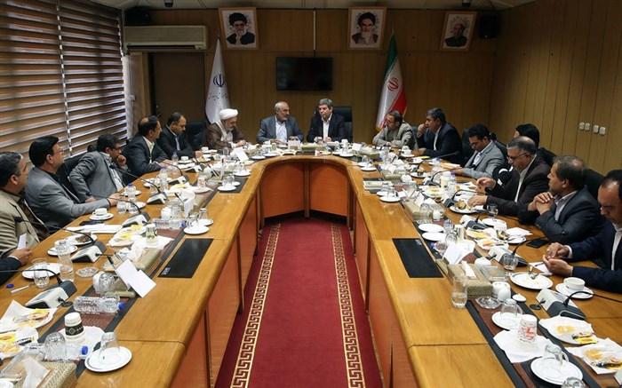 سرپرست وزارت آموزش و پرورش در نشست با رئیس کمیسیون آموزش و تحقیقات و مدیران آموزش و پرورش استان کرمان؛