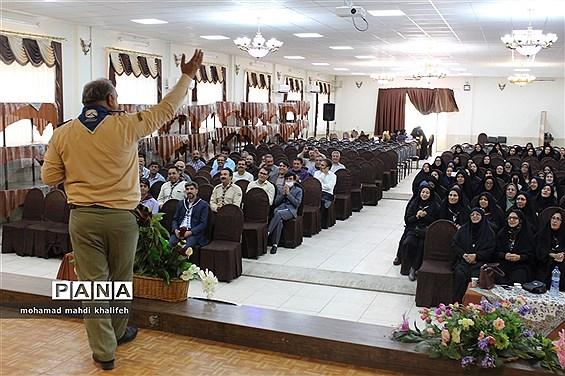 همایش آموزشی مربیان پیشتاز شهرستان آباده
