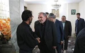 حضور مدیرکل آموزش و پرورش استان قزوین در منزل مرحوم فرزاد نوروزی