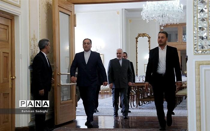 دیدار وزیر امورخارجه عمان با محمدجواد ظریف