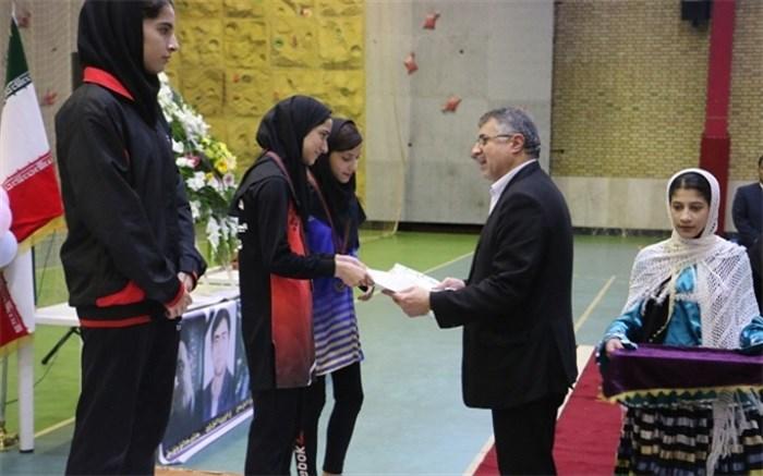 مسابقات ورزشی دانش آموزان دختر کشور در ایستگاه آخر