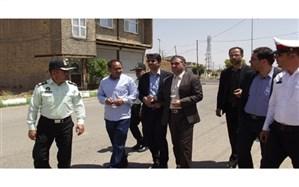 حضور فرماندار و مدیر آموزش و پرورش برای بازدید ازبرنامه ایمن سازی معابر حادثه خیز شهرسلطانیه