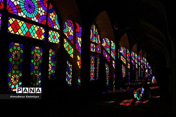 نصیرالملک؛ مسجدی از نور و رنگ