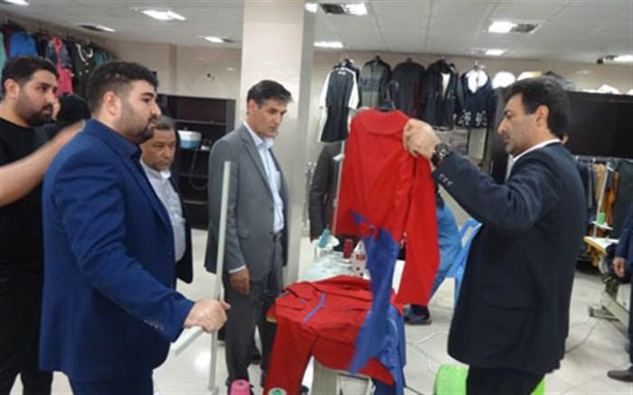 نظارت بر تهیه و توزیع لباس فرم دانش آموزان