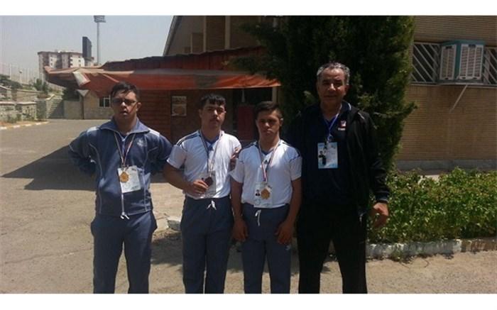 دانش آموز کردستانی