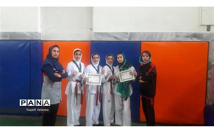 دختران هوگوپوش چنارانی در مسابقات قهرمانی بسیج استان خراسان رضوی