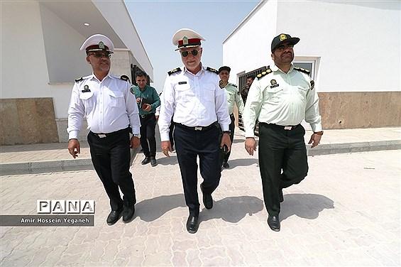 بازدید سرزده سردار هادیان فر از مرکز پلیس راهور و ساختمان جدید در حال احداث راهور جزیره کیش