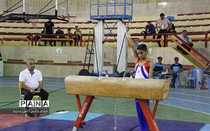 مسابقات ورزشی دانش آموزان