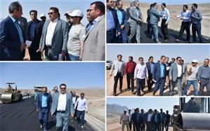 بازدید نماینده مردم اردکان از پروژه دو بانده نمودن محور یزد-طبس