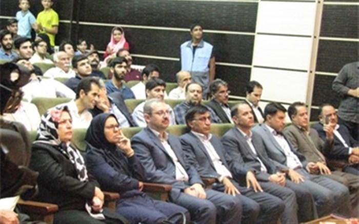 تلاش می کنیم دبیرخانه جشنواره تئاتر منطقه ای هرسین دائمی شود