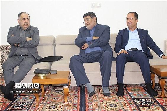 دیدار معاون مطبوعاتی وزارت فرهنگ با پیشکسوت مدیر خبرگزاری ایرنا بوشهر