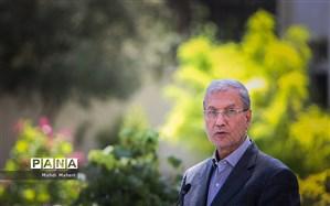 ربیعی: رفع توقیف نفتکش گریس ١ ثمره کوتاه نیامدن از حقوق ملت است