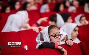 نرمافزار آموزش کتاب فارسی اول دبستان به زبان اشاره برای دانشآموزان با آسیب شنوایی تولید شد