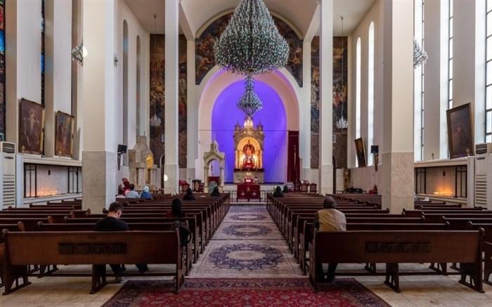 سرقت از شخصی در کلیسا هنگام اعتراف