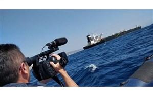 نفتکش ایرانی در تنگه جبل الطارق حرکت خود را آغاز کرد