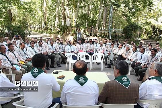 جلسه هماهنگی عوامل اجرایی نهمین دوره ملی دانش آموزان پیشتاز کشور