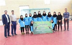 انتخاب سه بازیکن دانش آموزبه اردوی تیم ملی هندبال کشور