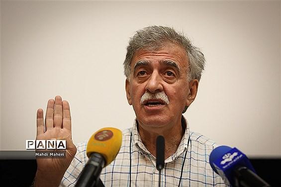 همایون اسعدیان: مجمع عمومی برگزار نشود، فعالیت هیات مدیره خانه سینما غیرقانونی خواهد بود