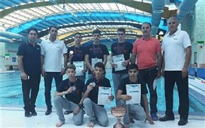 مدالهای رنگارنگ بر گردن شناگران کرمانشاهی