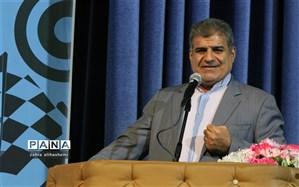 فولادوند: کسی باور نمی کند تهران تا این حد مدرسه فرسوده دارد