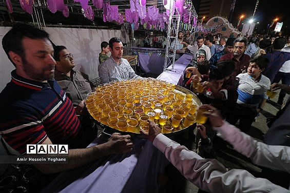 جشن عید غدیر در خیابانهای مشهد