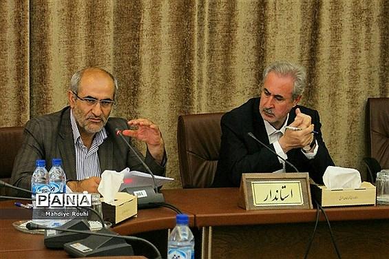 جلسه شورای آموزش و پرورش آذربایجان شرقی با حضور استاندار