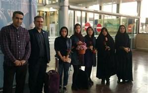 استقبال از دانش آموزان افتخار آفرین ناحیه ۶ در مسابقات فرهنگی هنری  کشور