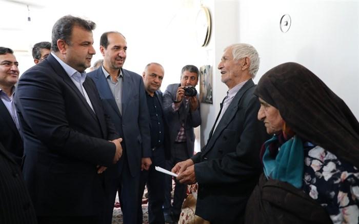 مراسم افتتاح منازل احداثی برای سیل زدگان در روستای مرزرود رودپی جنوبی ساری با حضور استاندار مازندران