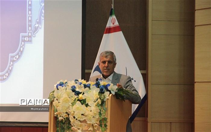 مدیر کل دفتر انجمن اولیاءومربیان عباسپور
