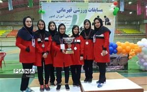کسب نائب قهرمانی در رشته شطرنج در مسابقات ورزش دانش آموزی کشور