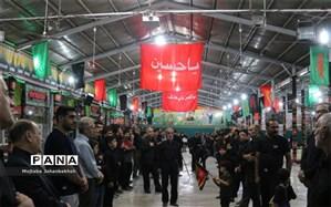 پرچم های عزاداری در شهر حسینی برافراشته می شود