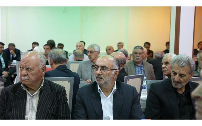 تجلیل از بازنشستگان آموزش و پرورش استان اردبیل
