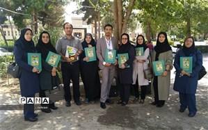 کسب رتبه اول کشوری معلمان منطقه ۱۹ در جشنواره نوآوری های تدریس