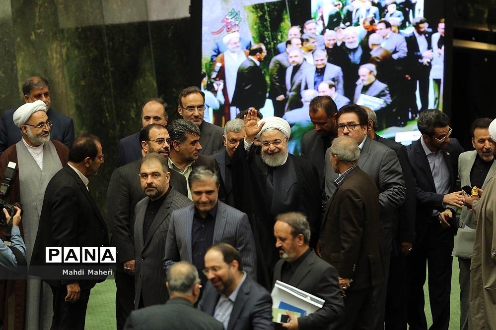 اعتماد مجلس به حاجی میرزایی و مونسان؛ کابینه دوازدهم دوباره کامل شد