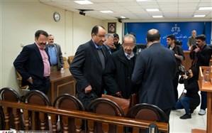 بستن روزنههای فساد مقدم بر برخورد قضایی با مفسدان