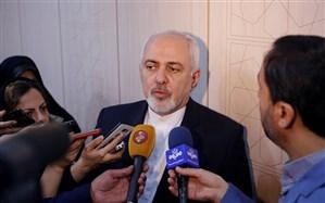 ظریف: آمریکا به در و دیوار میزند تا مانع فروش نفت ایران شود