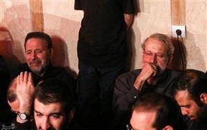 تصویر/ لاریجانی و واعظی در هیأت ریحانهالحسین(ع)