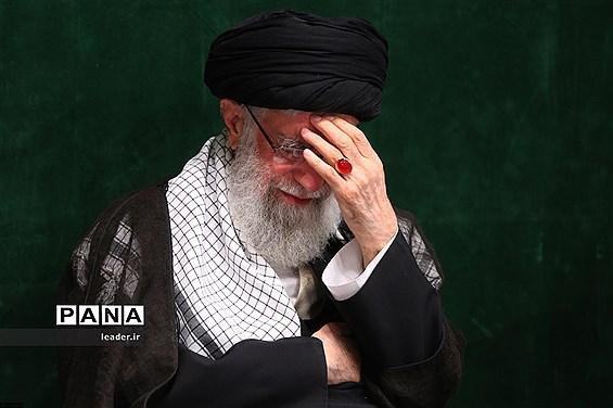 دومین شب عزاداری در حسینیه امام خمینی با حضور رهبر معظم انقلاب