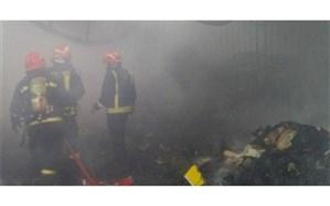 آتش سوزی انبار کفش در پشت بازار چرم تبریز اطفاء حریق شد